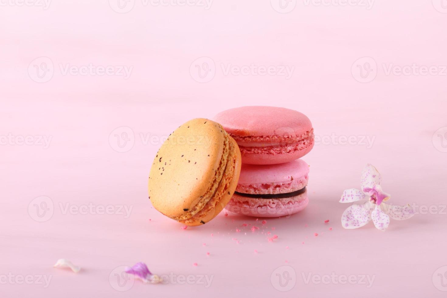 sabrosos macarons de colores foto