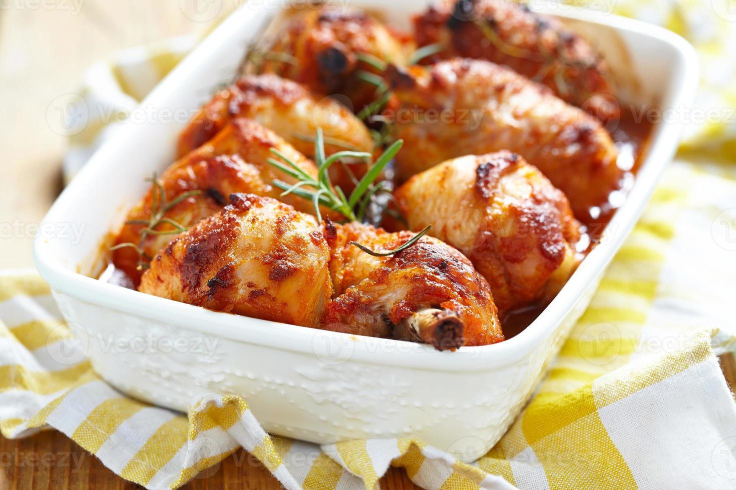 muslos de pollo al horno foto