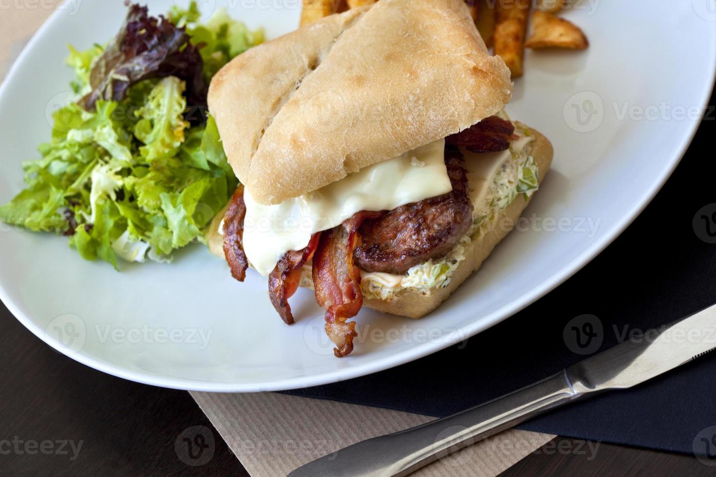 hamburguesa gourmet foto