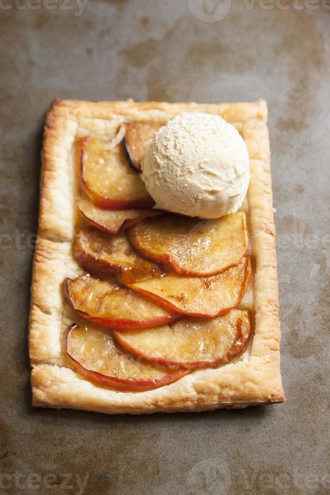 pastel de ojaldre de manzana foto