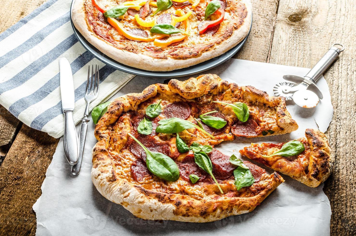 pizza rústica foto