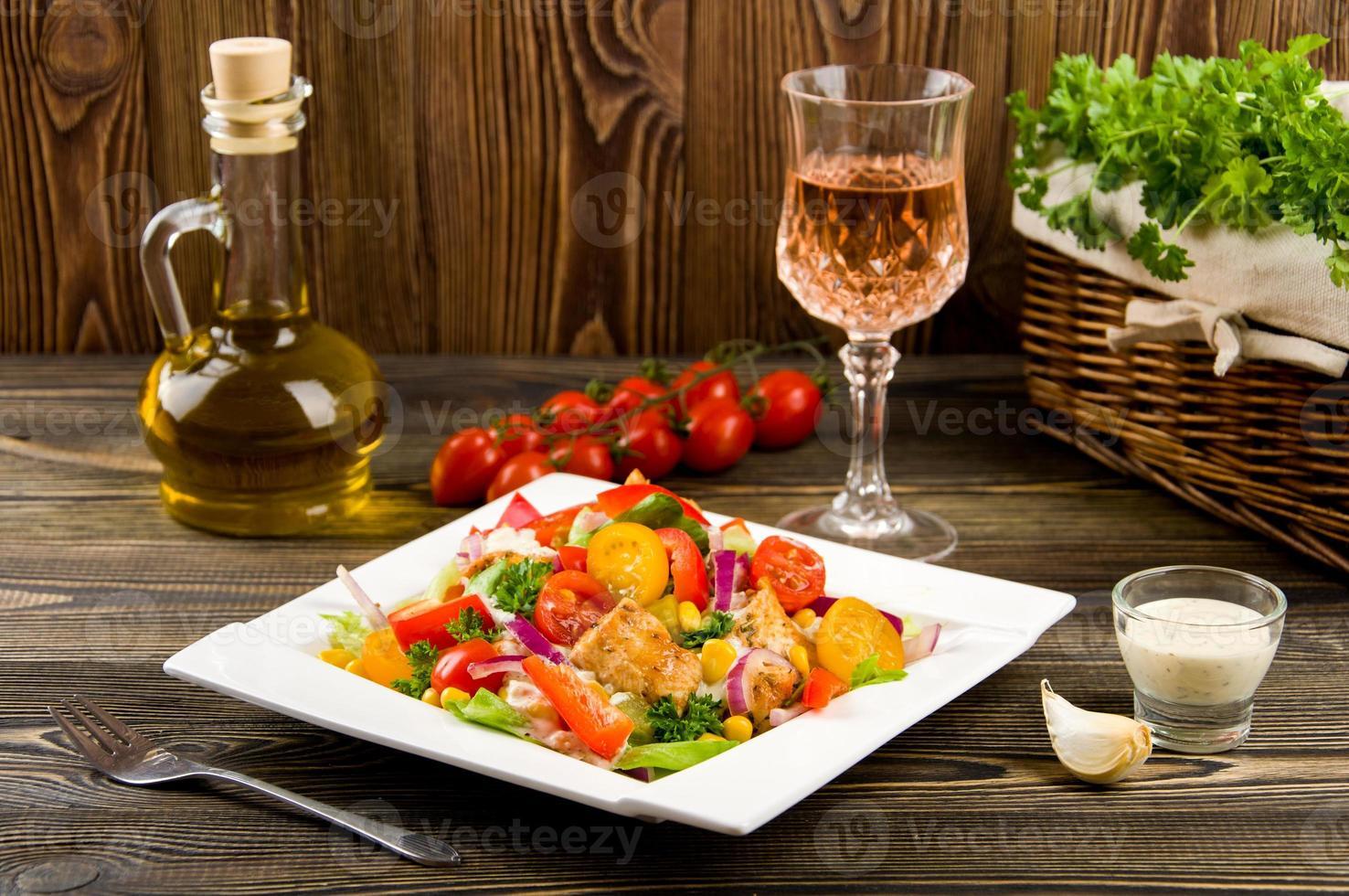 Chicken gyros salad photo