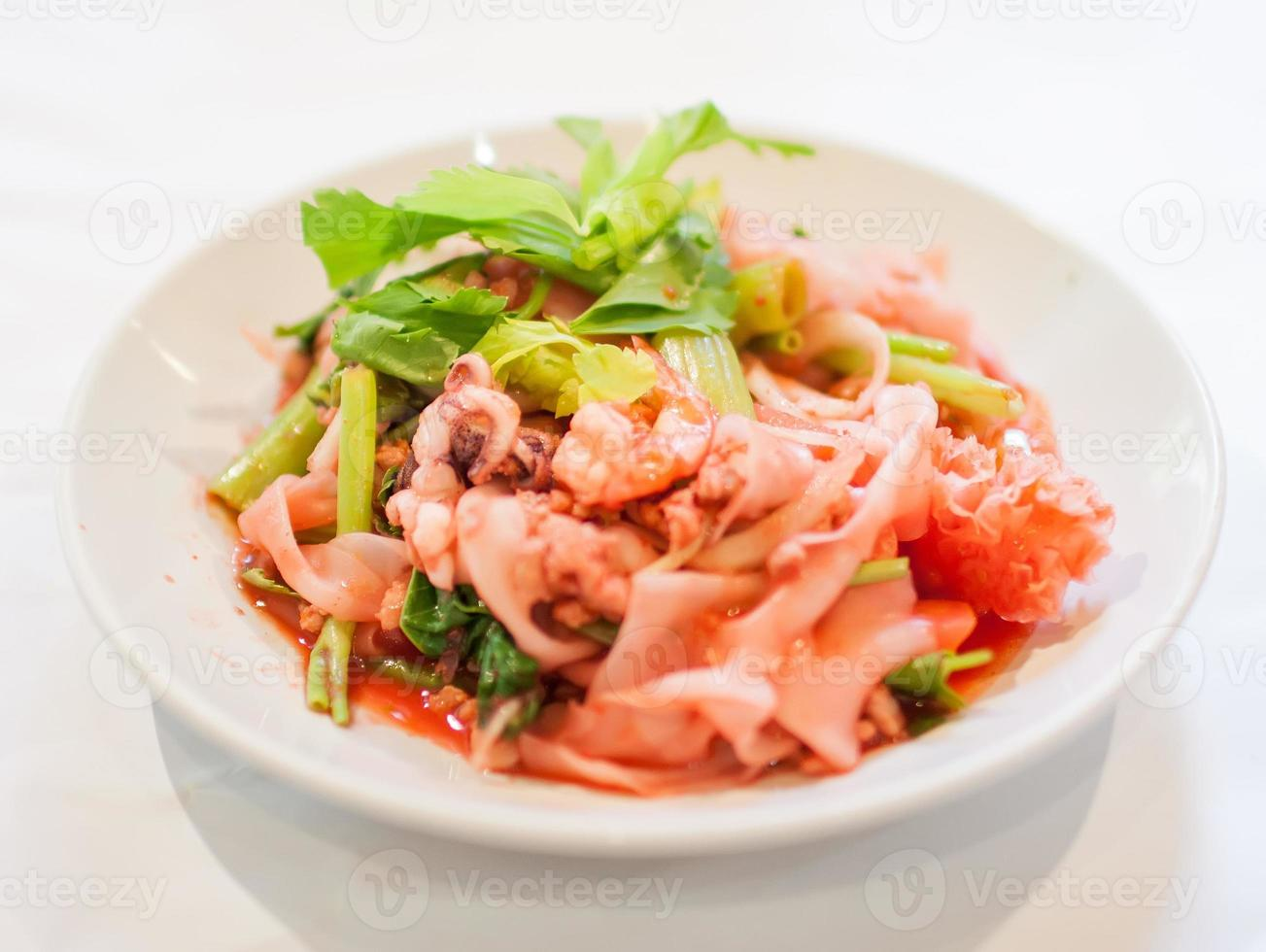 Asian noodle photo