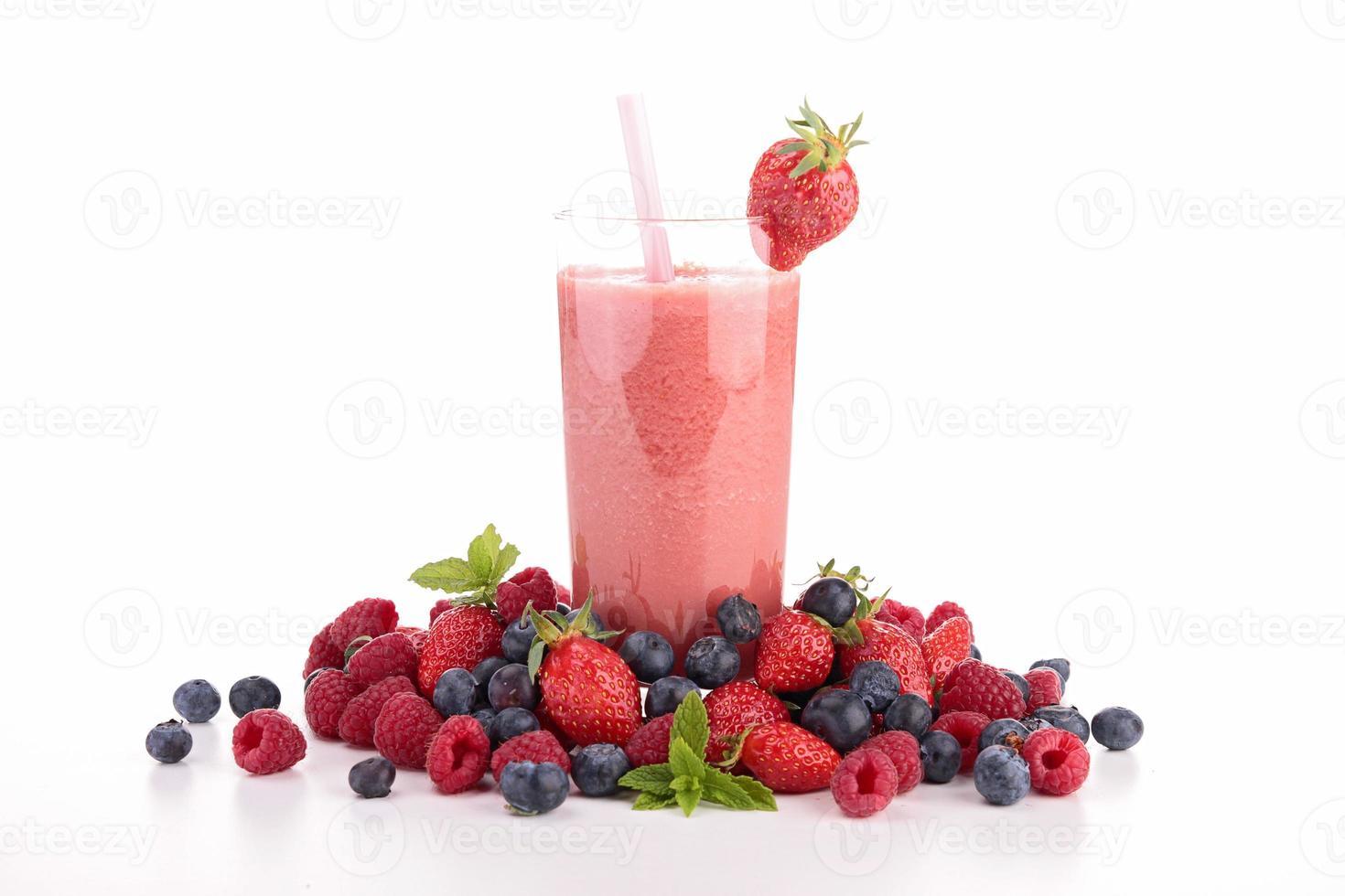 berry smoothie photo
