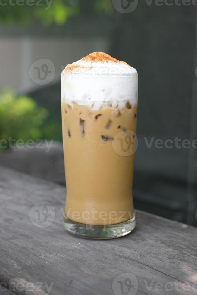 capuchino helado (café helado) foto