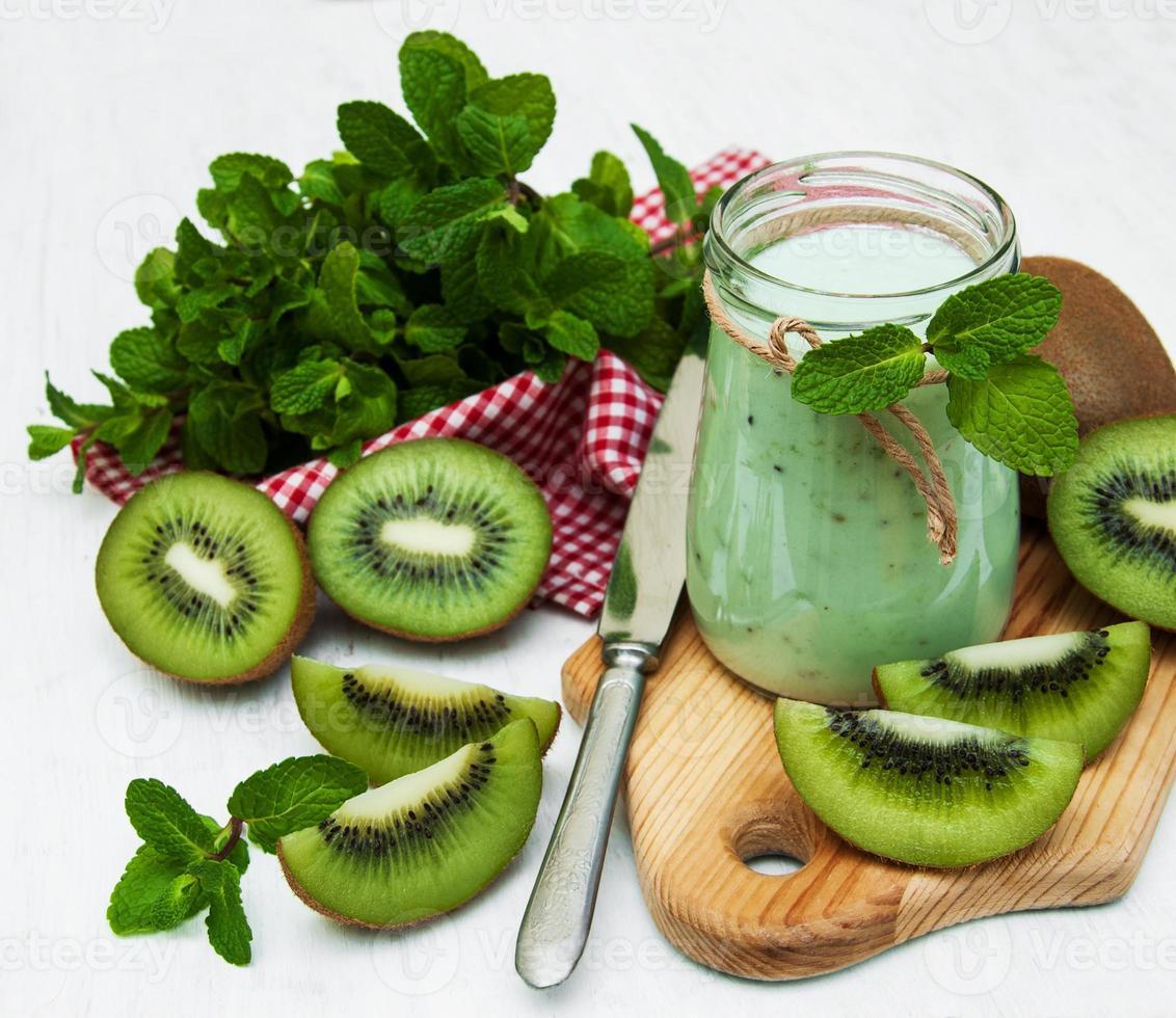 kiwi smoothie in glass photo