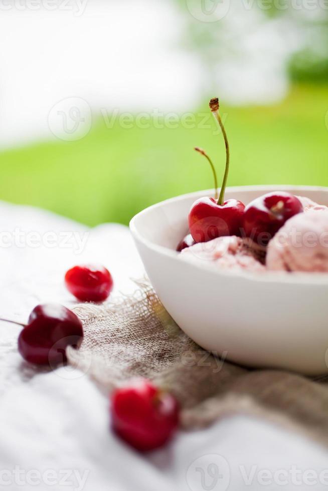helado de cereza foto