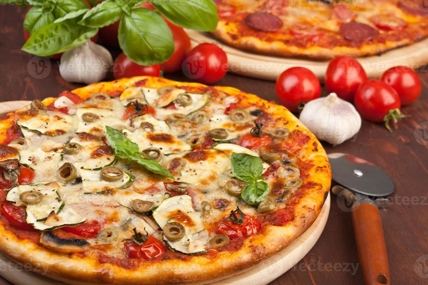 Healthy vegetables and mushrooms pizza photo