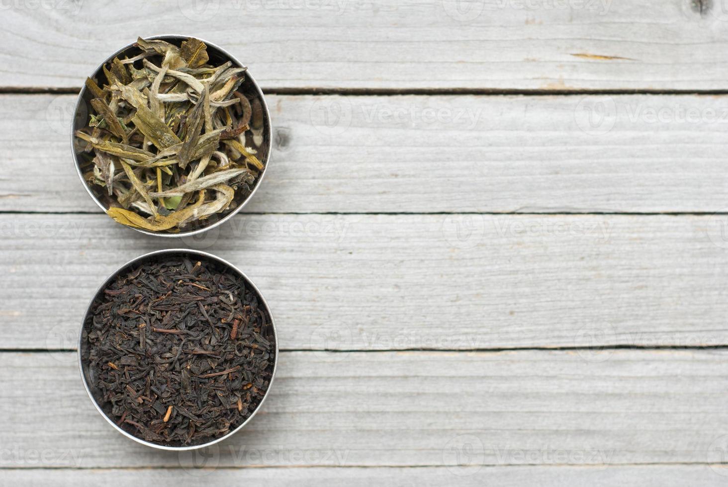 hojas de té secas foto