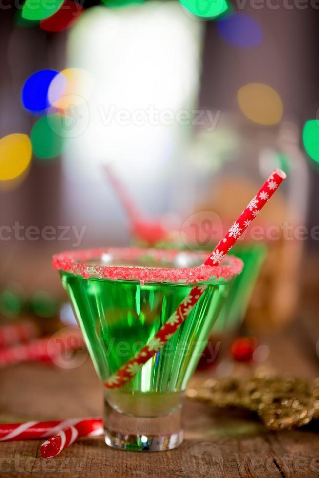 cóctel verde esmeralda de navidad foto