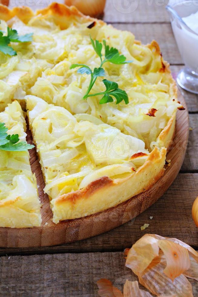 pastel de cebolla francesa foto