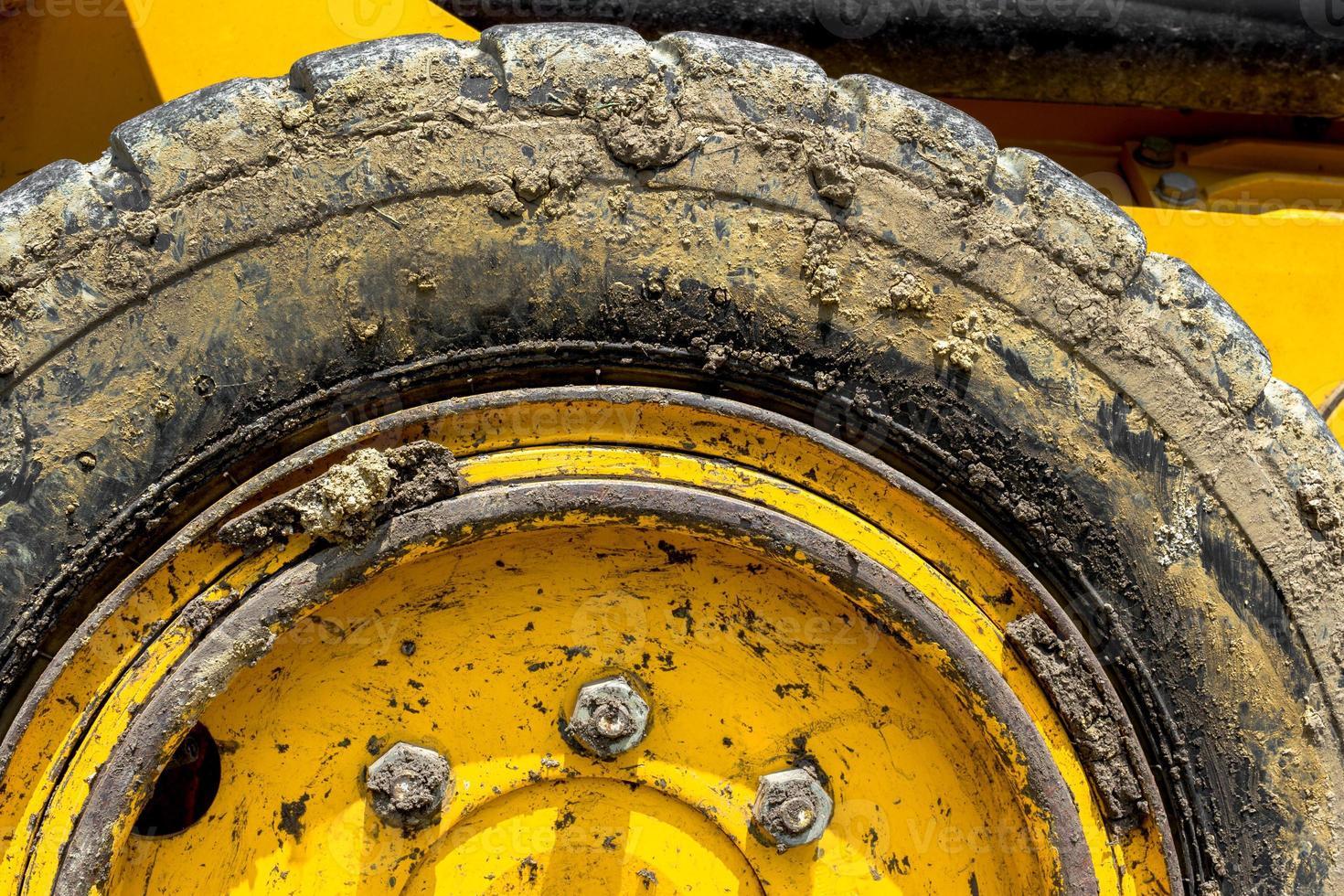 excavadora de neumáticos foto