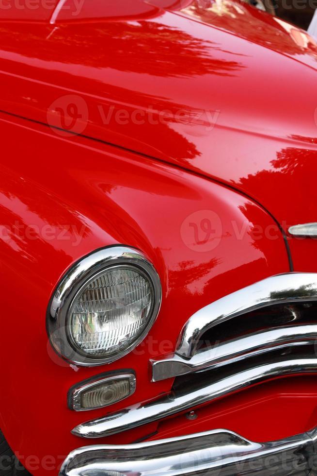 coche rojo clásico foto