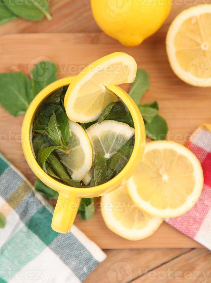 taza amarilla foto