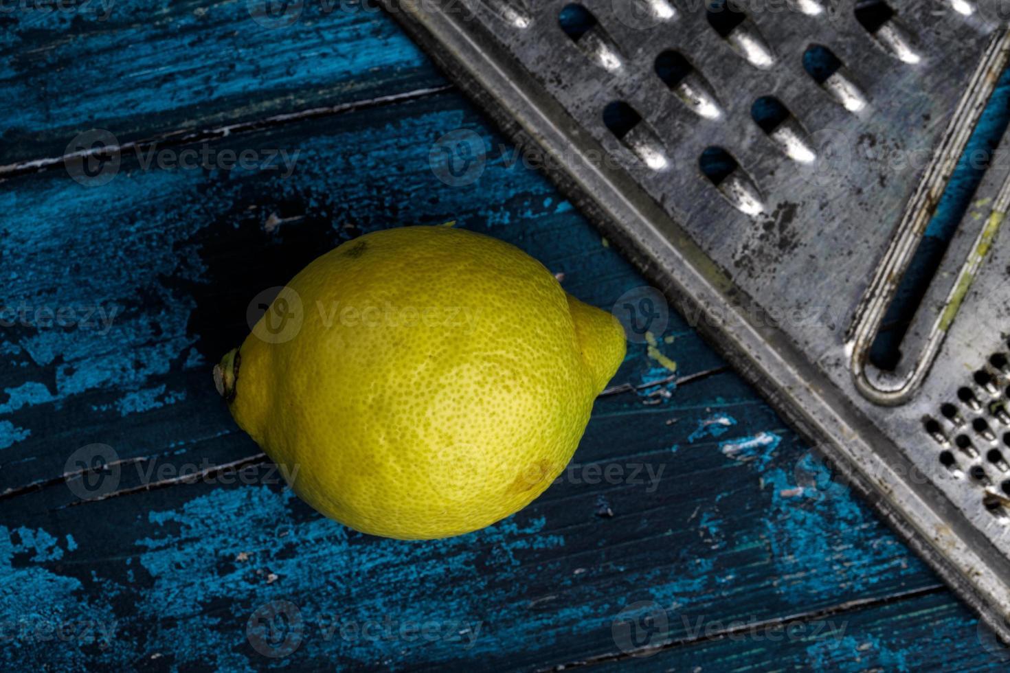 limón y rallador foto