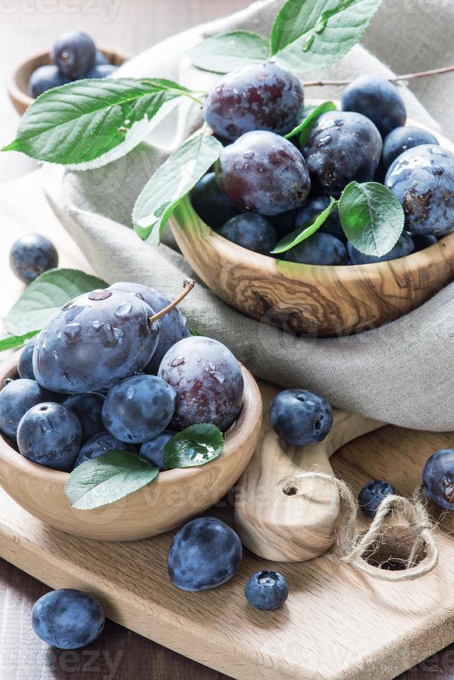 Ripe plums photo