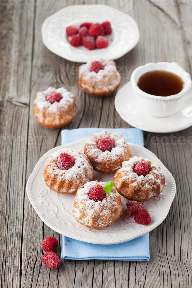 Raspberry muffins photo