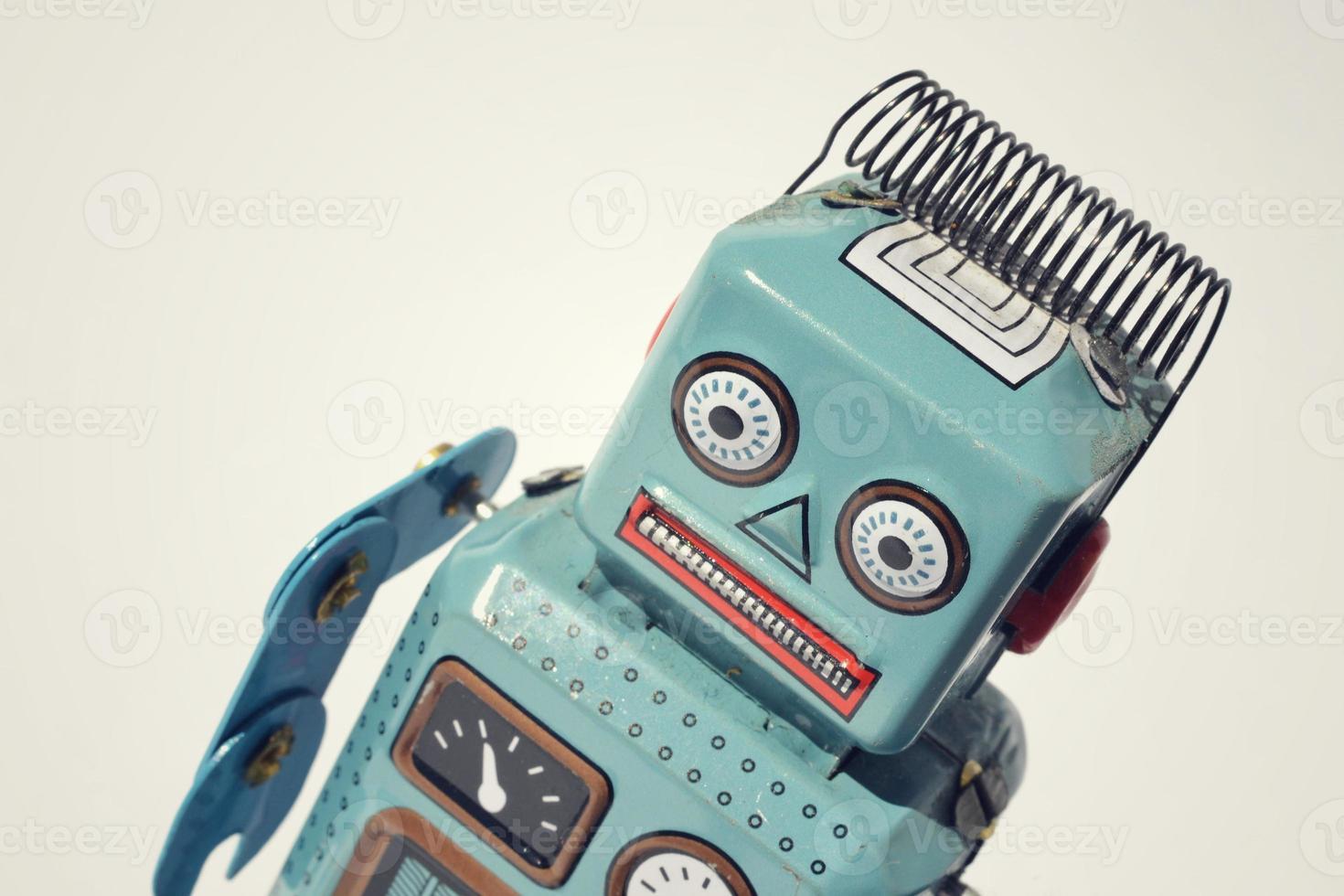 robot de juguete de hojalata vintage foto