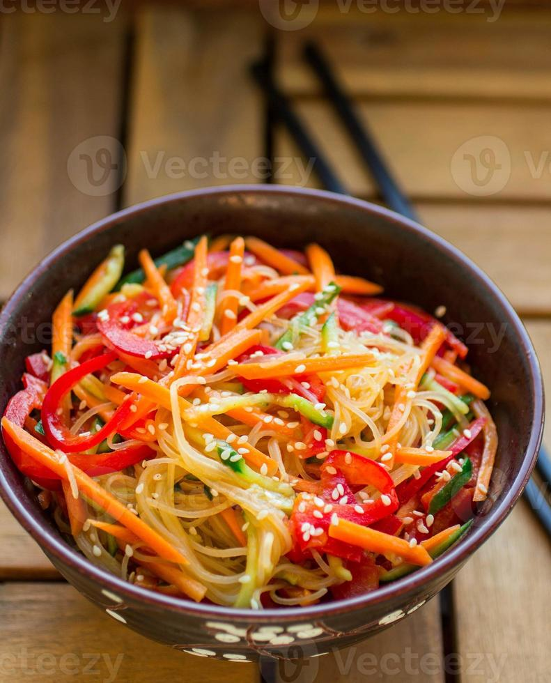 glass noodles with vegetables photo