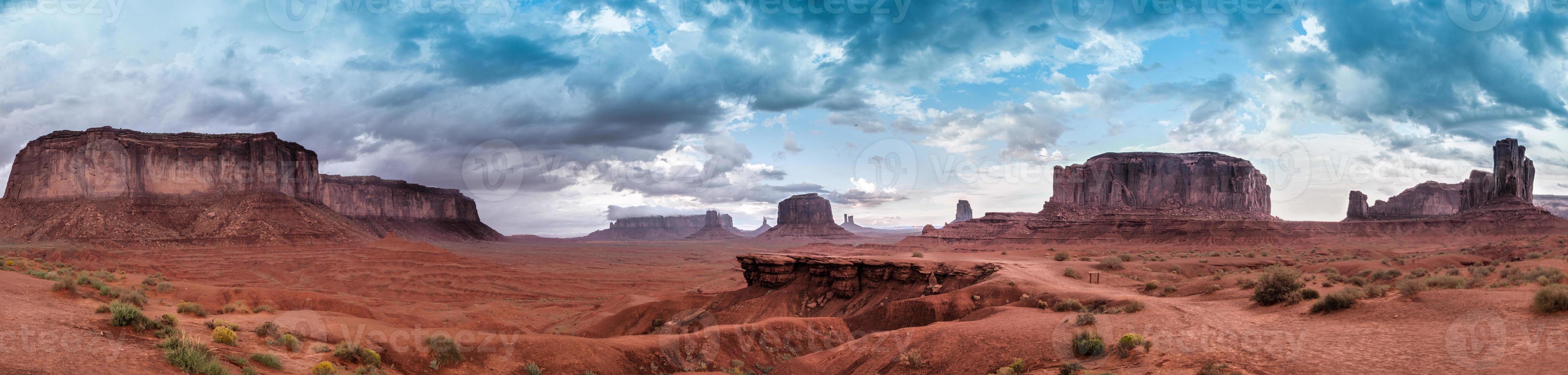 panorama del panorama del valle del monumento foto