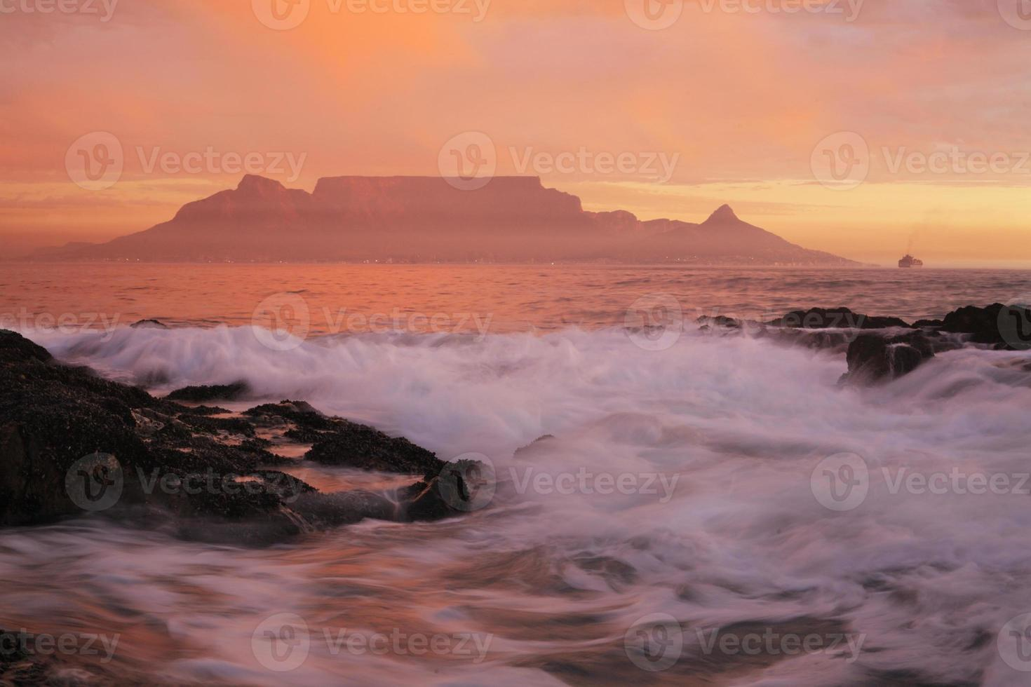 Table Mountain and Cape Town photo