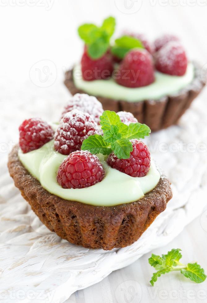 Cream chocolate tarts photo