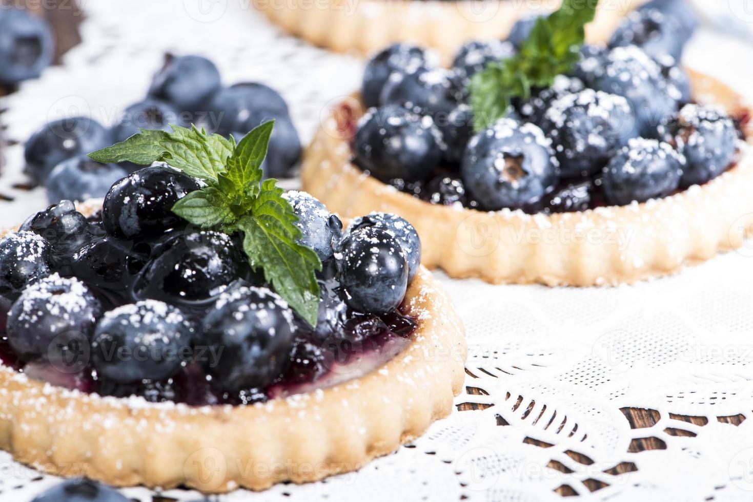 tarta de arándanos frescos con frutas foto