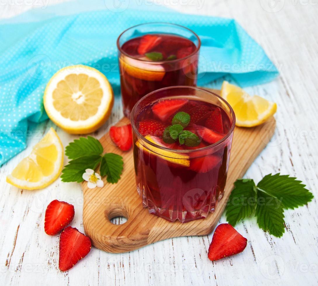 bebida de fresa de verano foto