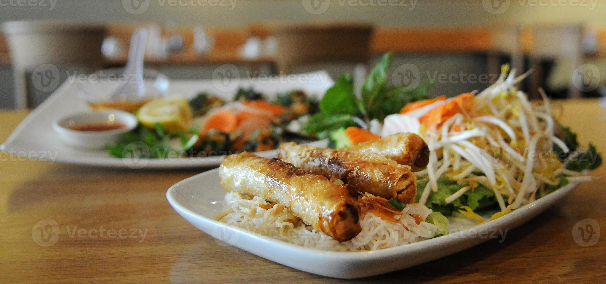 comida vietnamita juntos foto