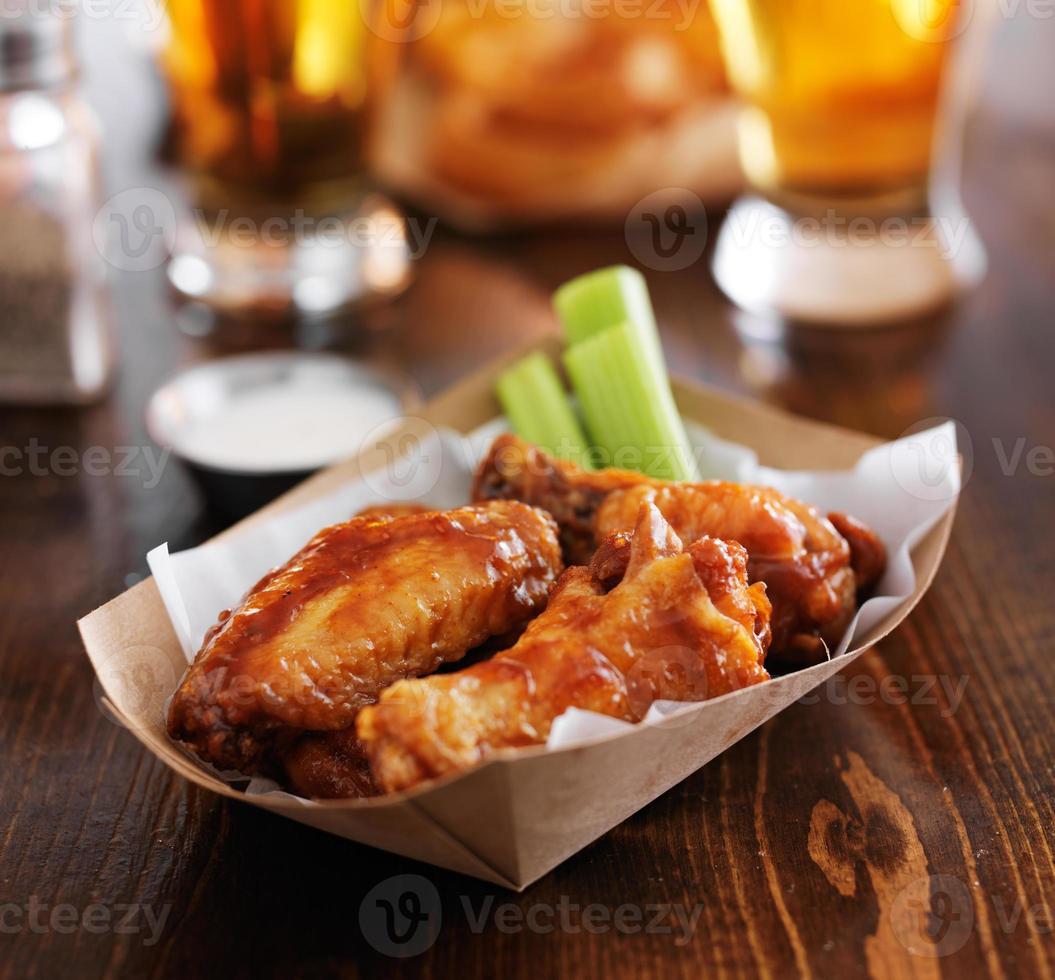 alitas de pollo búfalo bbq caliente foto