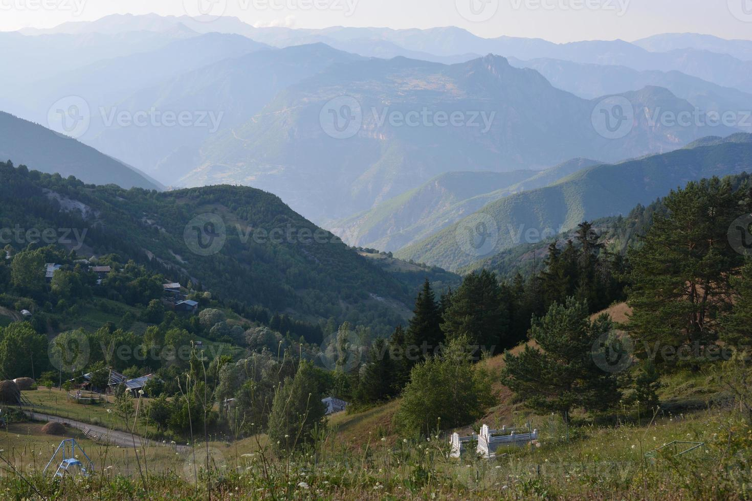 paisaje montañoso artvin foto