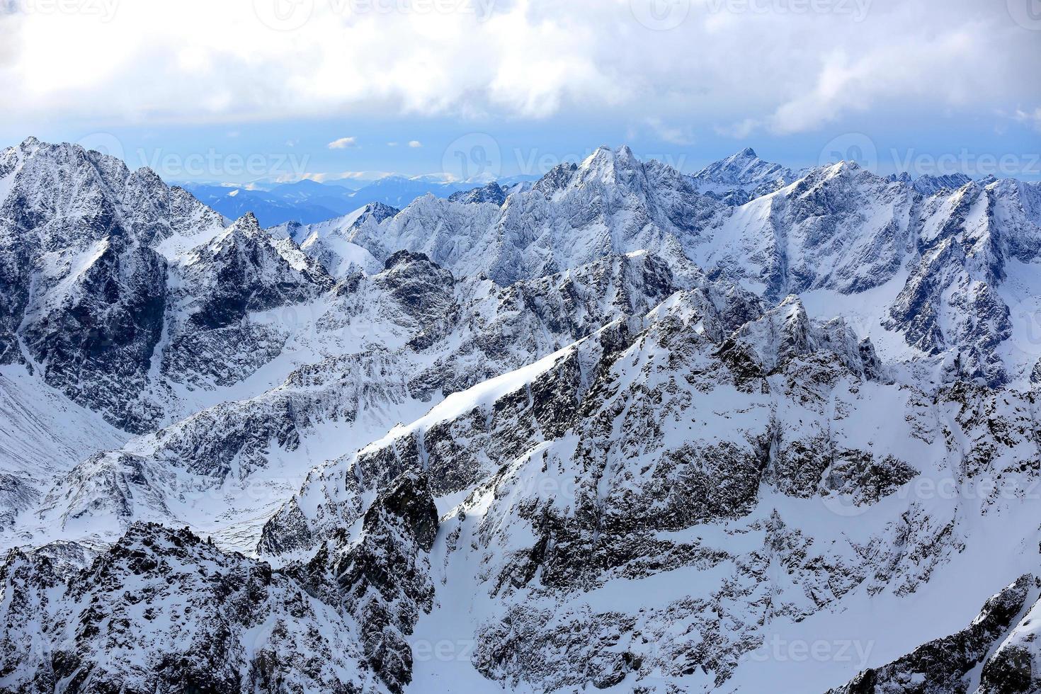 Mountain scene photo