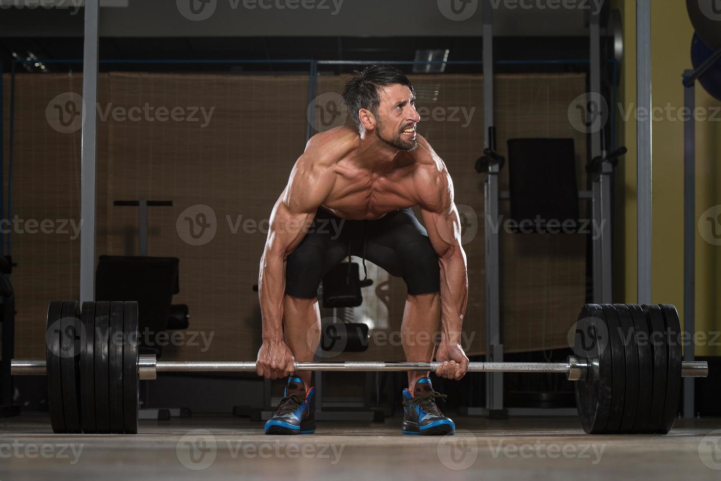 entrenamiento de peso muerto para la espalda foto