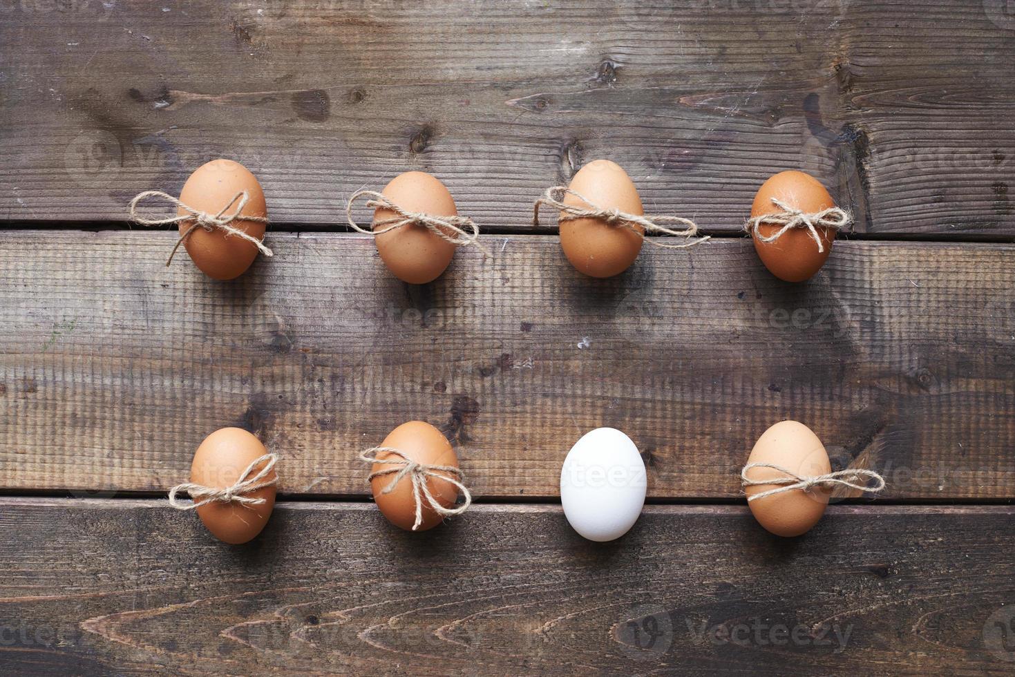 dos hileras de huevos foto