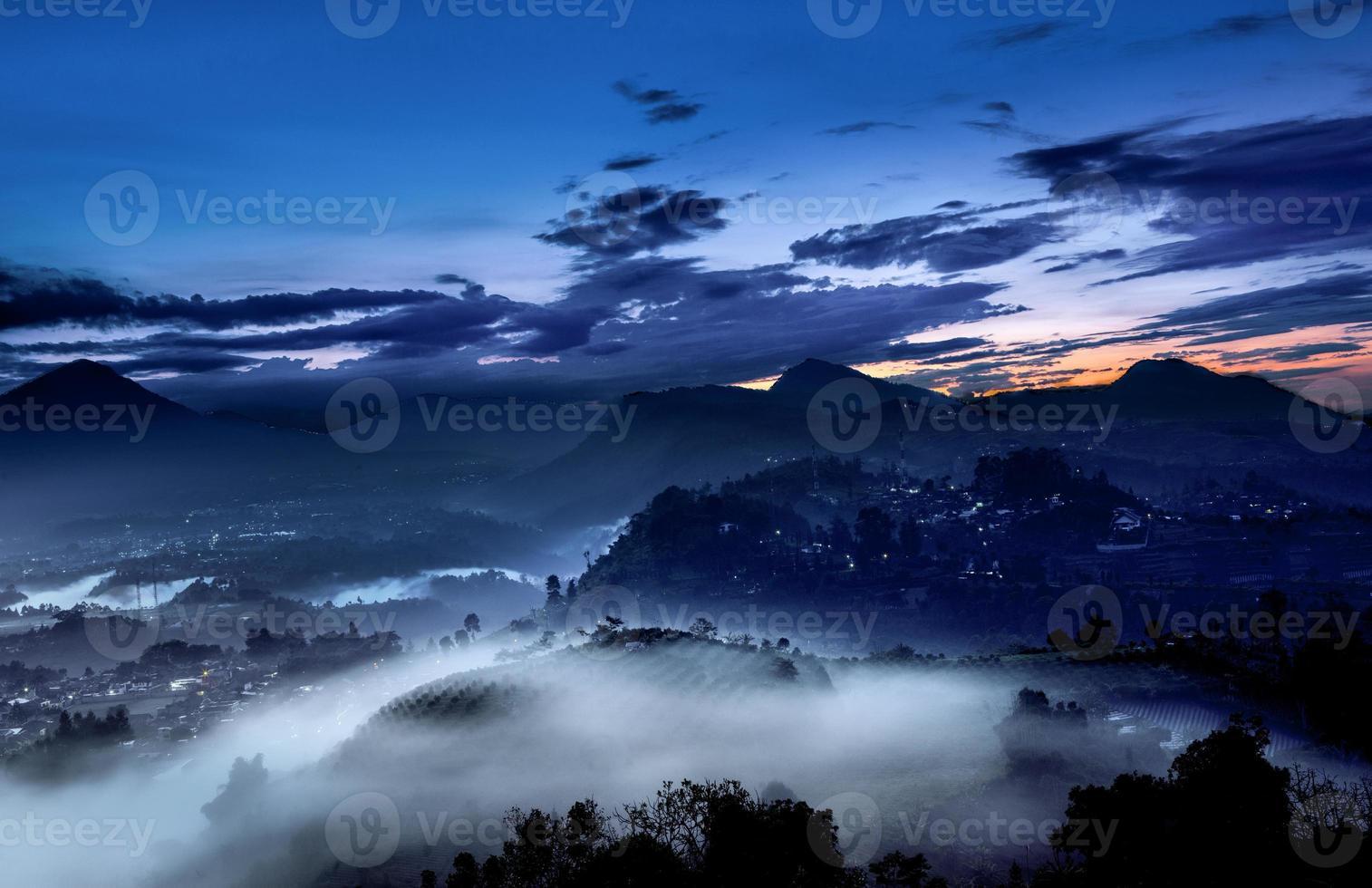 naturaleza amanecer paisaje, niebla y niebla foto