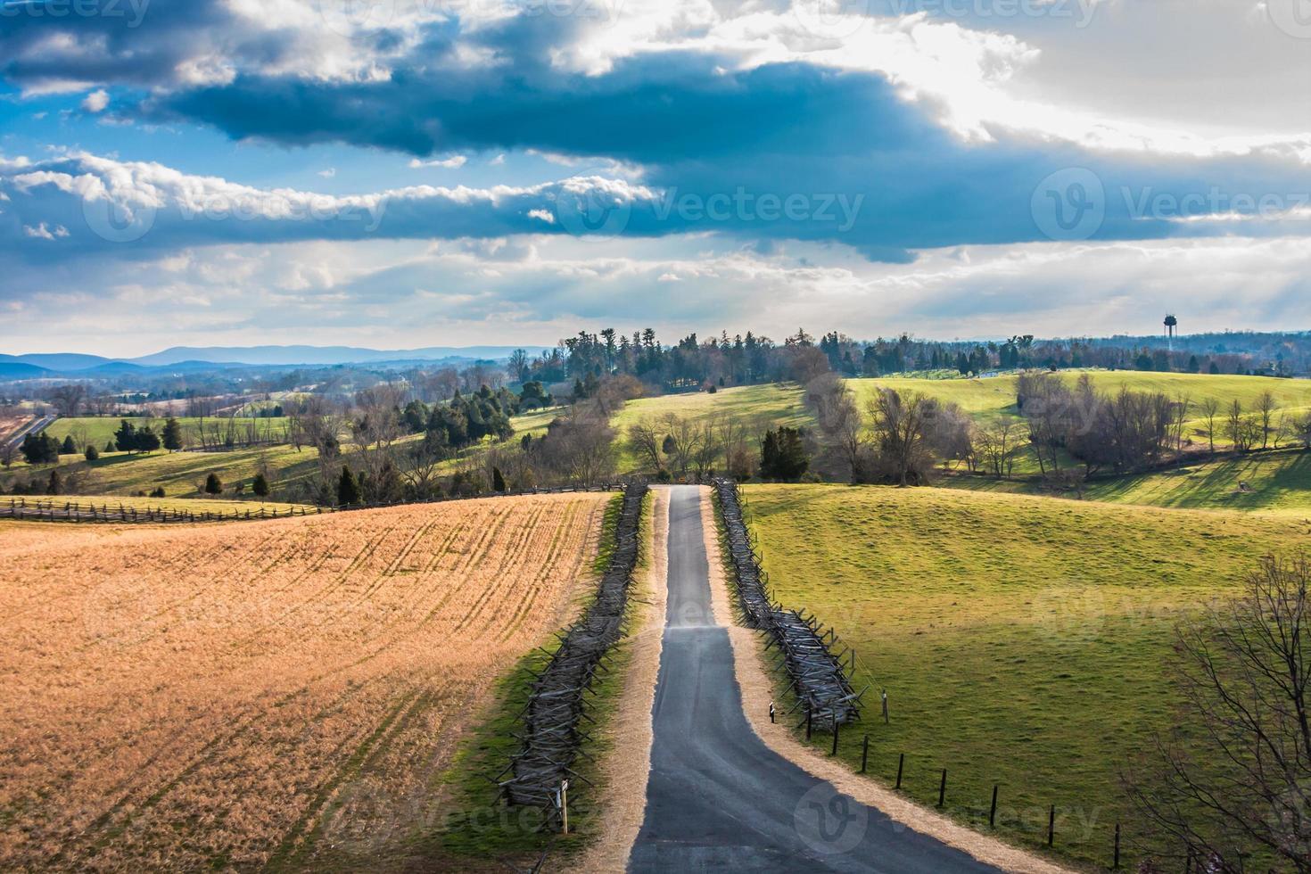 paisagem rural antietam com nuvens dramáticas foto