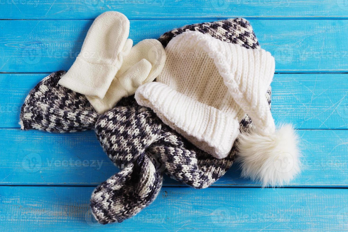 roupas de inverno para crianças foto