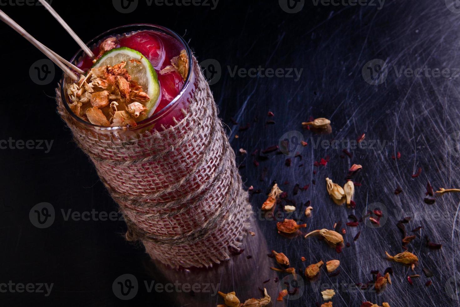 cóctel recreativo alcohólico de invierno foto