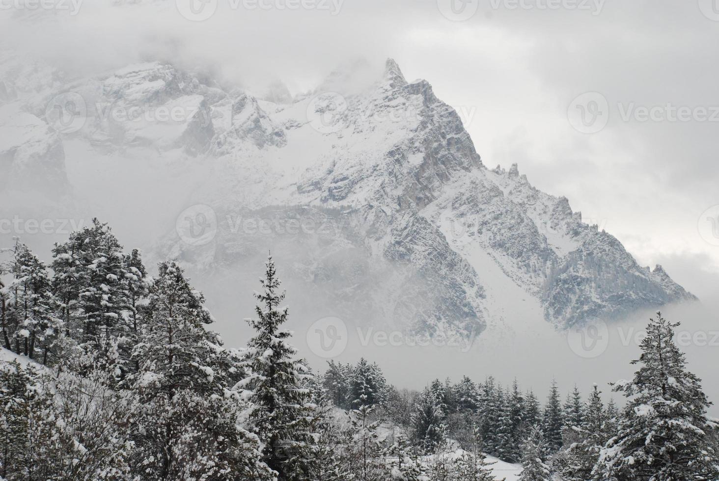 invierno en los alpes foto