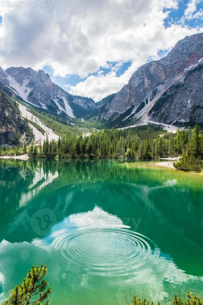 Braies lake photo