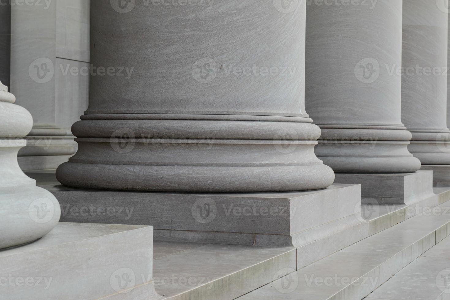 pilares columnas de ley y orden foto