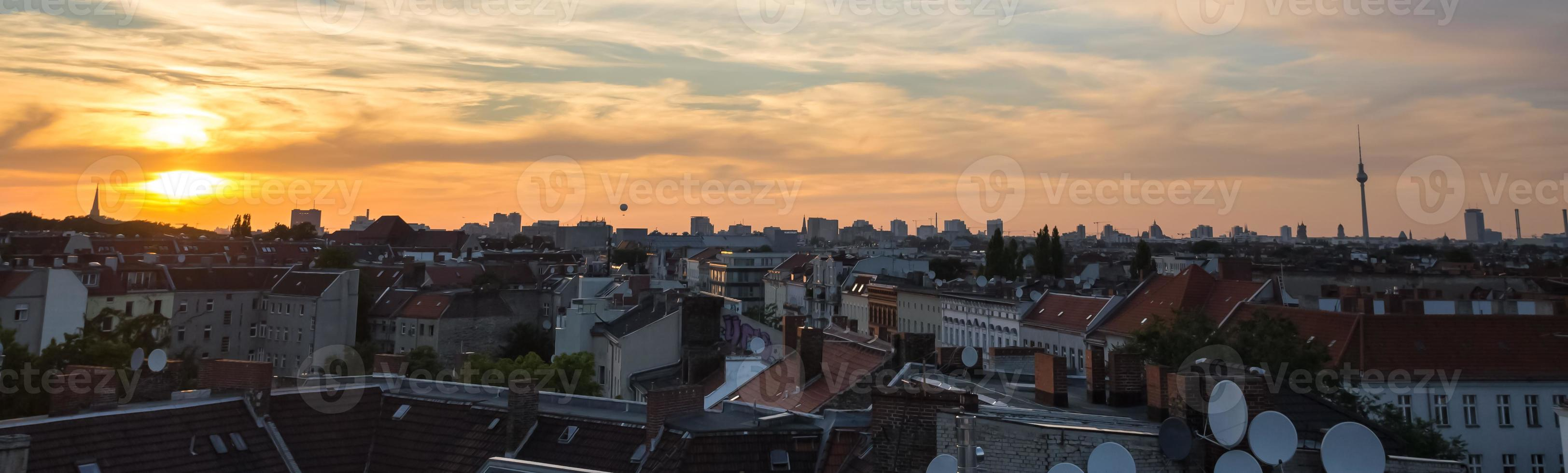 berlin cityscape sundown photo