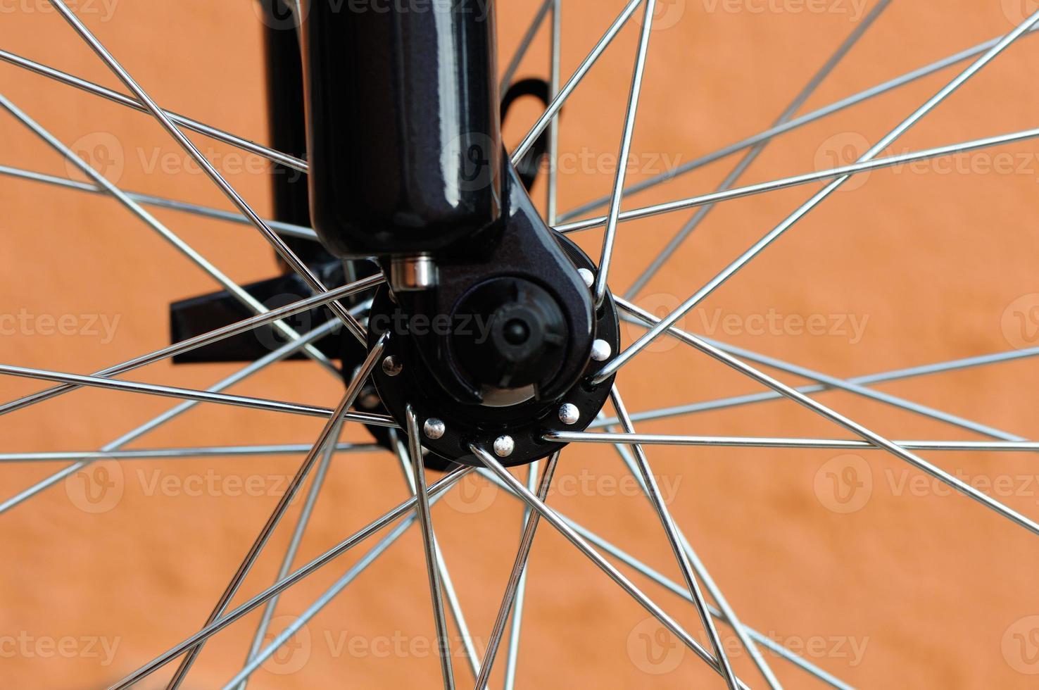 bicycle wheel photo