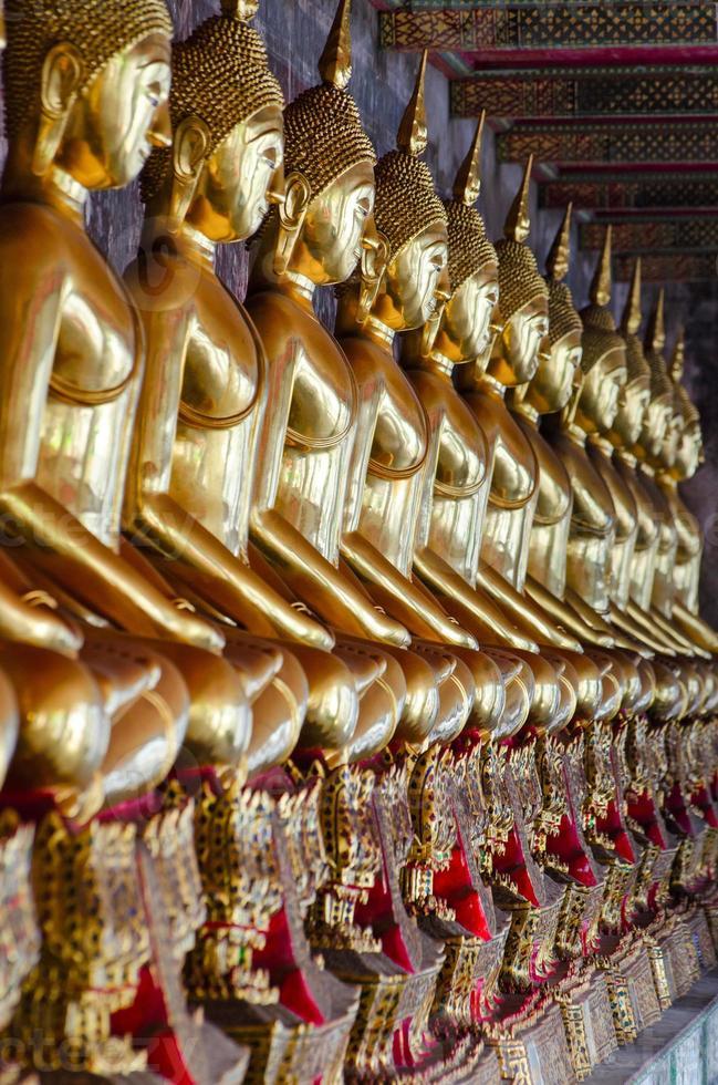 Bangkok (Tailandia), budas dorados foto