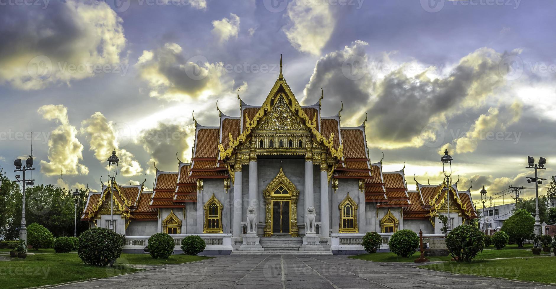 Temple Bangkok Thailand photo