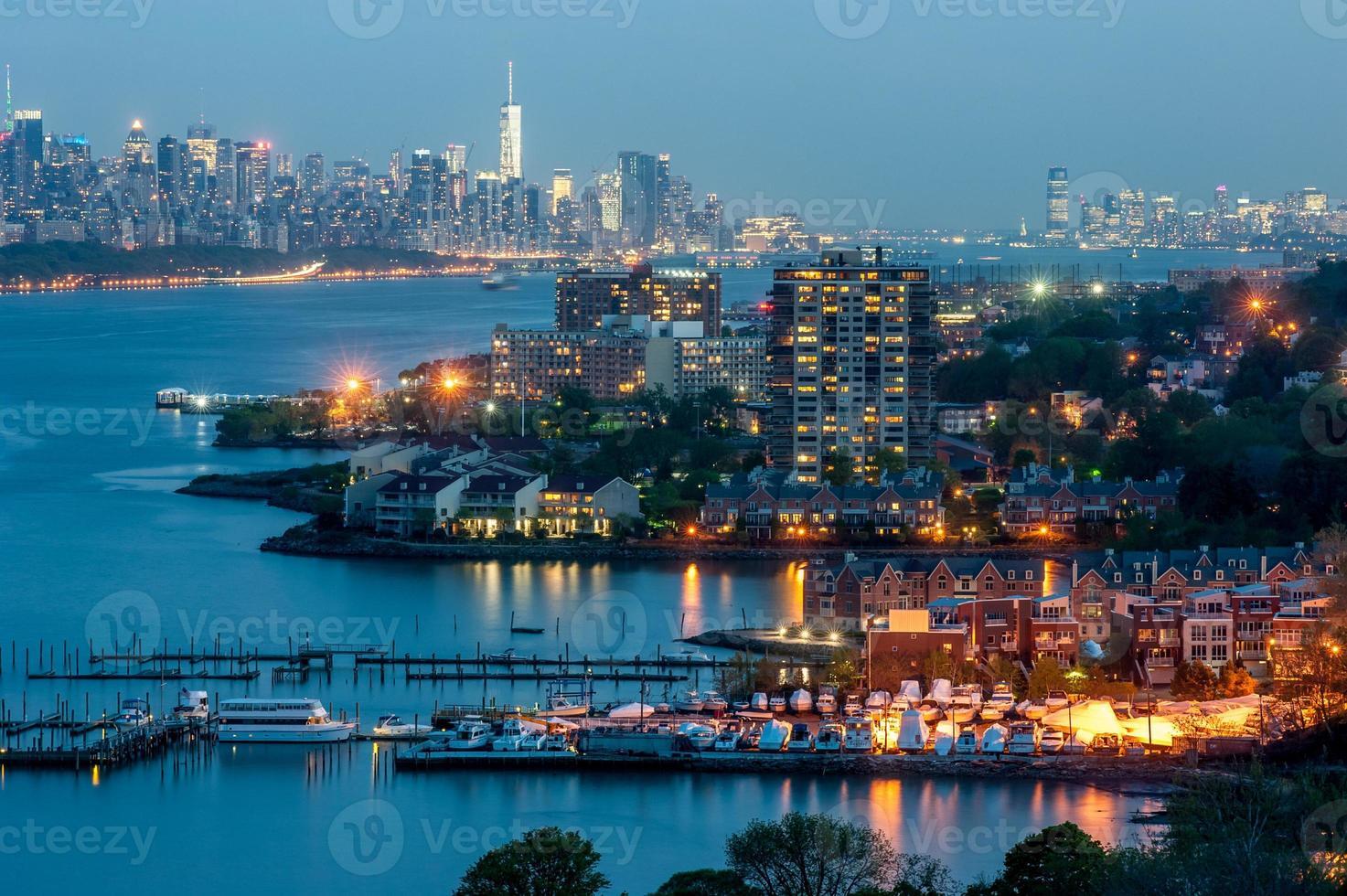 centro de la ciudad de nueva york en el crepúsculo foto