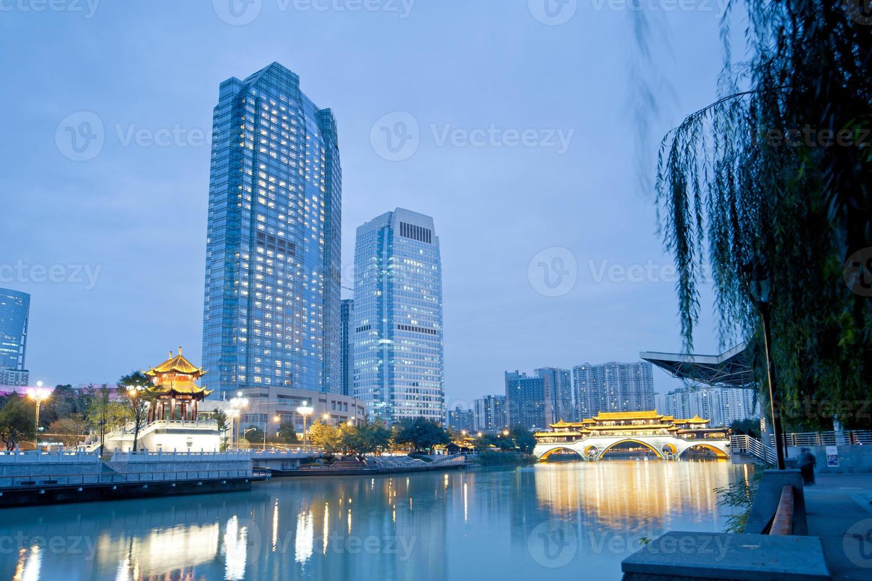 noche de puentes de china chengdu, noche hejiangting foto