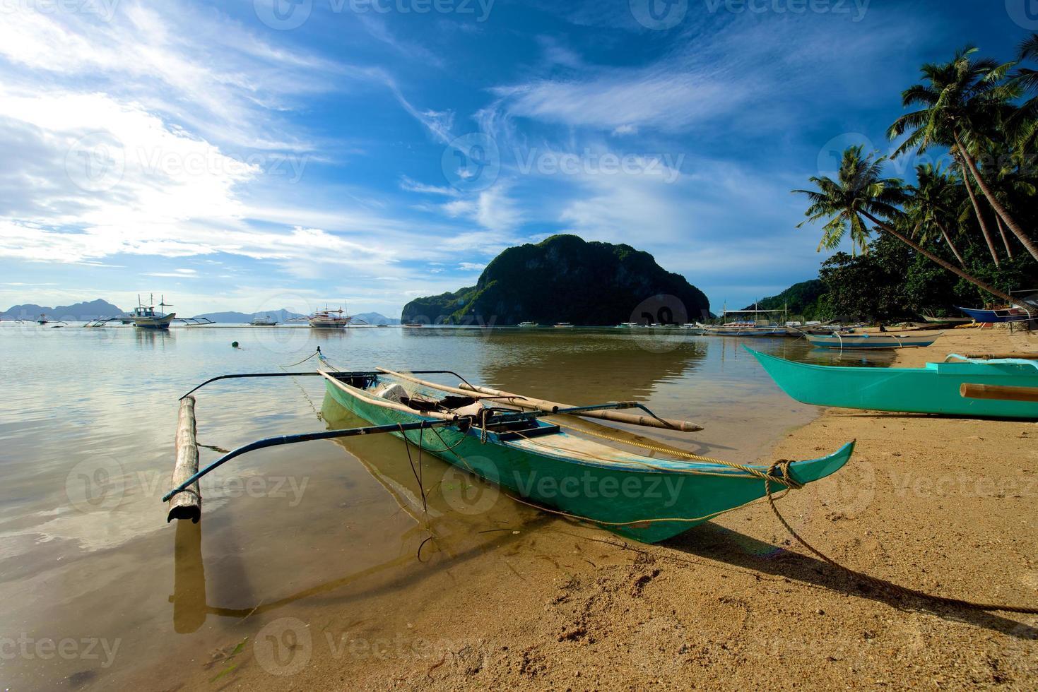 El Nido Canoe boat photo