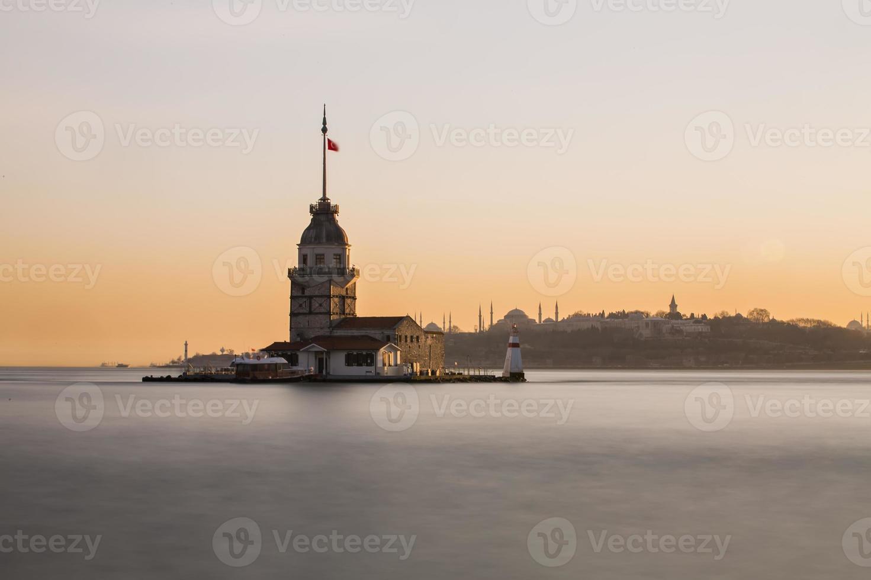 Maiden's tower photo