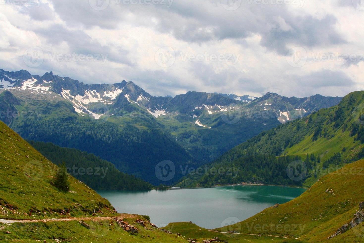 Lago Ritom photo